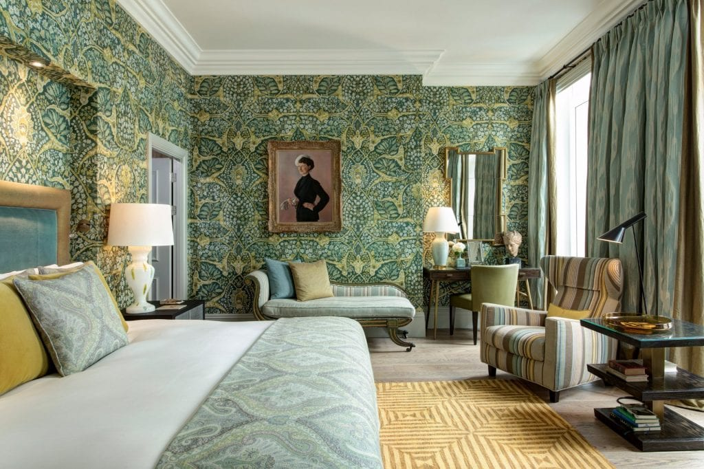 Browns Hotel Room