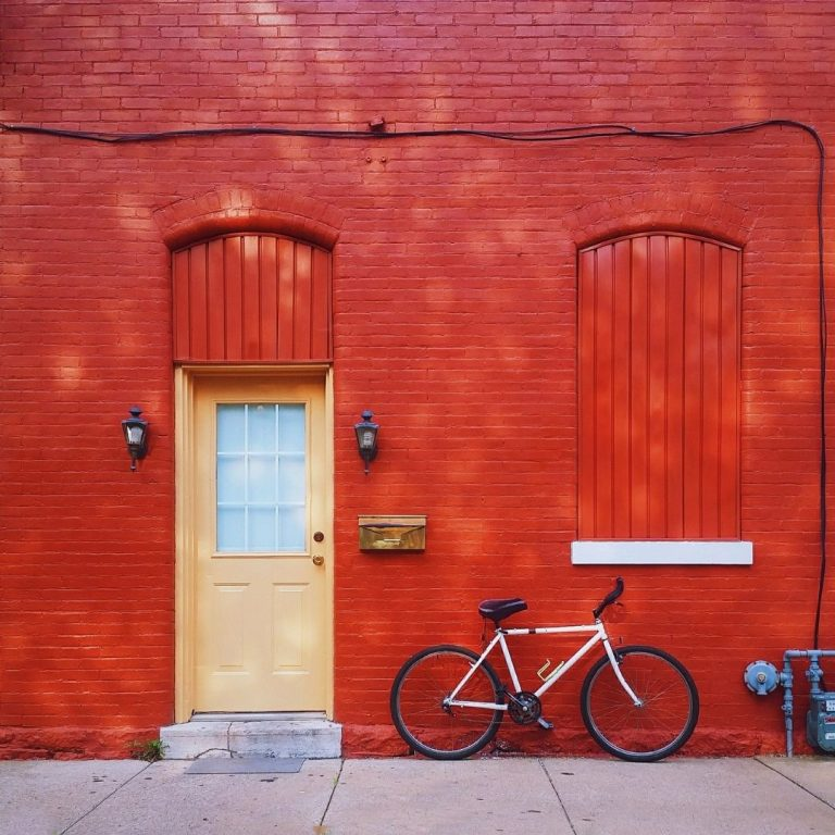 My Guide to Red Photography Wall @FromBeeWithLove Bronte Huskinson