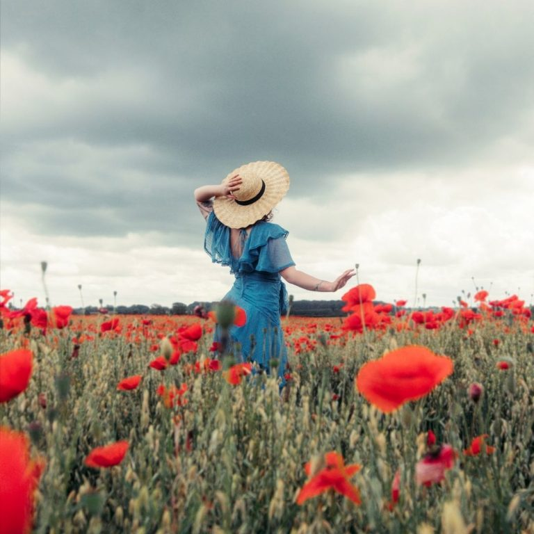 My Guide to Red Photography Poppies @FromBeeWithLove Bronte Huskinson